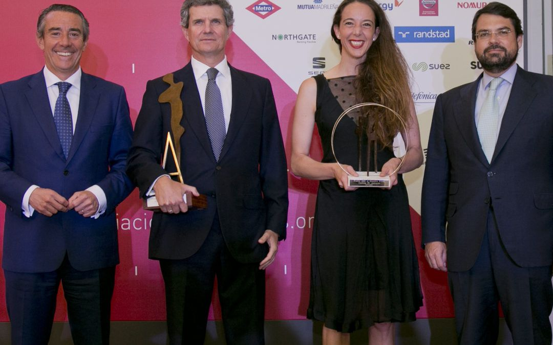 Francisco Riberas y Carlota Pi reciben los Premios AED como mejores directivos del año
