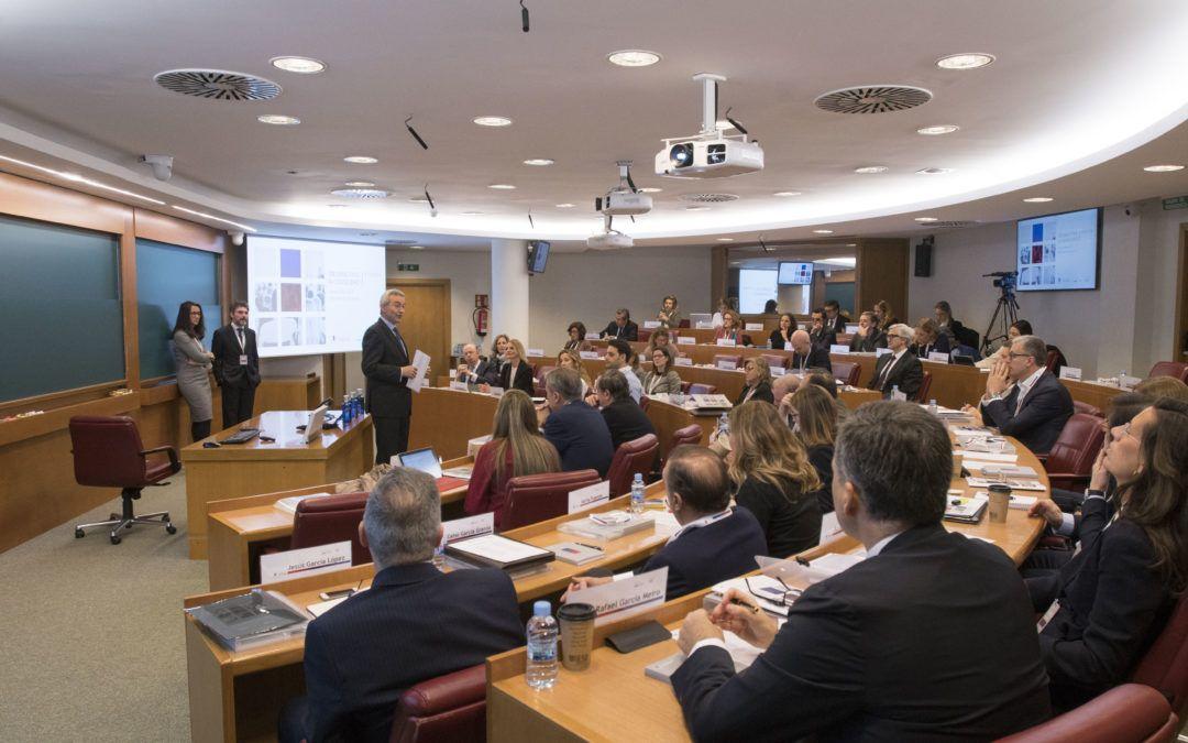Juan Antonio Alcaraz clausura la 4ª edición del programa de Escuela de Consejeros